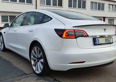 Tesla 3 Performance